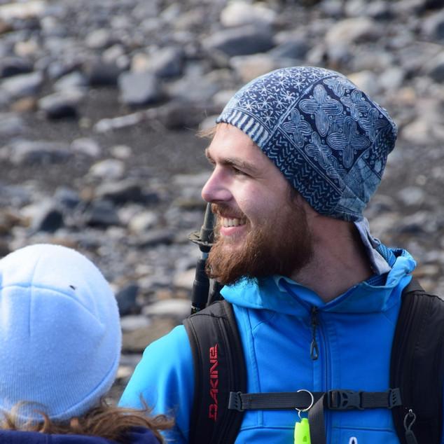 Einar guiding