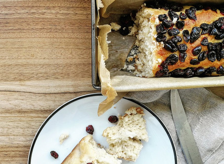 Jak przywołać lato – czyli przepis na lekkie jak niebo ciasto drożdżowe.