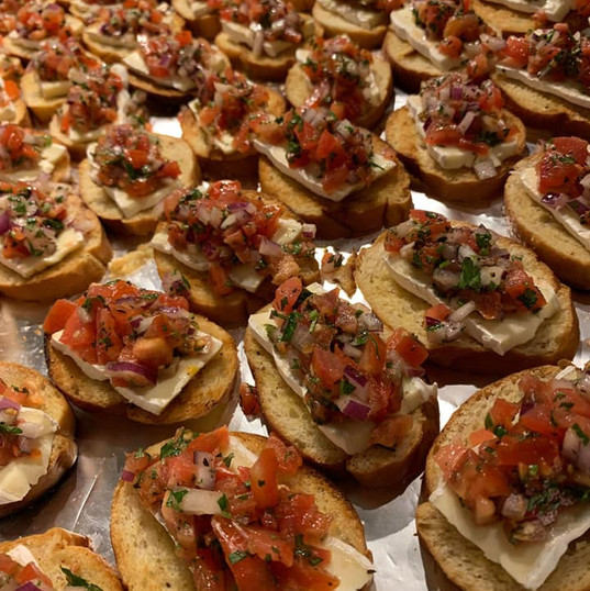 Bruschetta Crostini