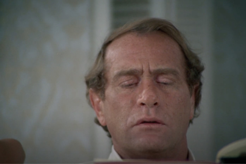 FILE PHOTO: Fig.1 Kolchak is reading the vampire book to find solution in The Night Stalker (1972).   ©ABC