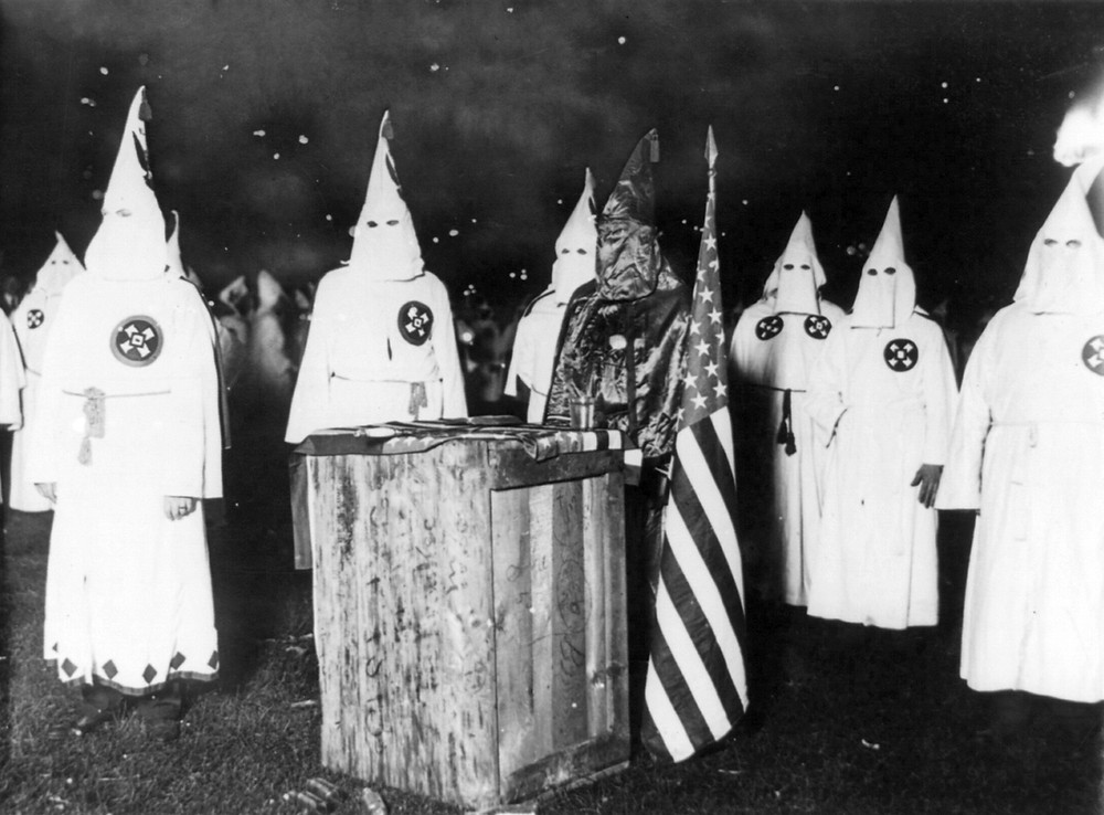 PHOTO FILE: KKK rally in Chicago in 1920. Image: Wikipedia