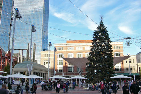 Sundance.Square.Christmas.Tree