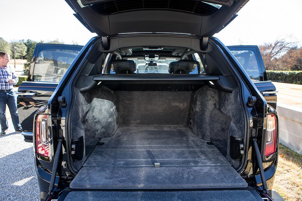 Tailgate.Rolls-Royce.Cullinan