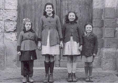 Les 4 fillettes ayant vu Marie