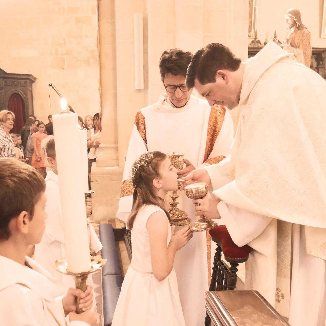 1ère_communion_2019_024_modifié.jpg