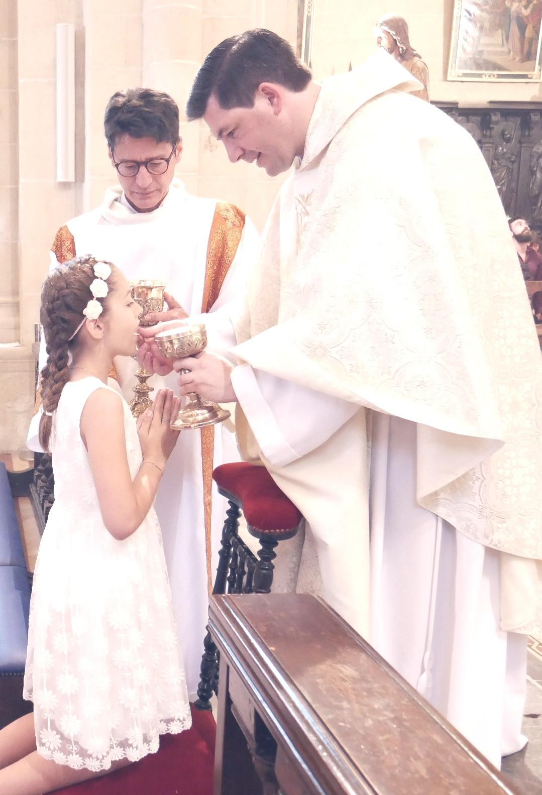 1ère_communion_2019_045_edited.jpg