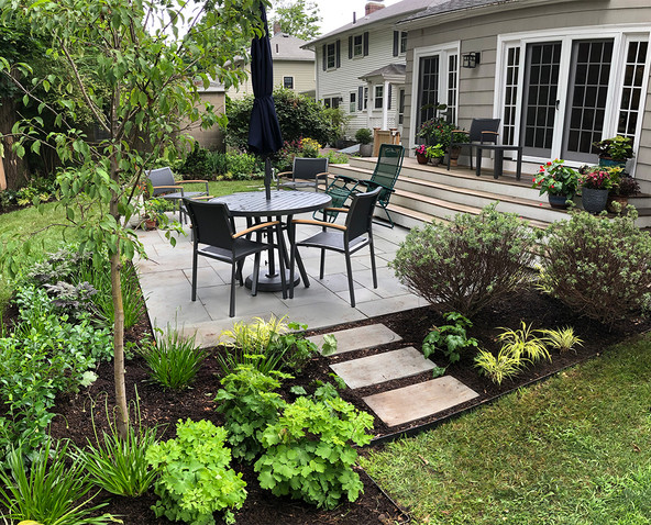 The big reveal - A patio planted for relaxing!