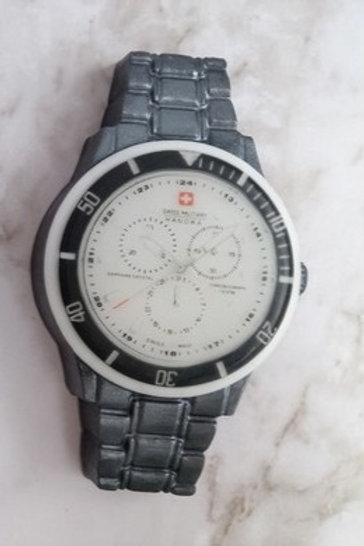 Часы металлический ремешок