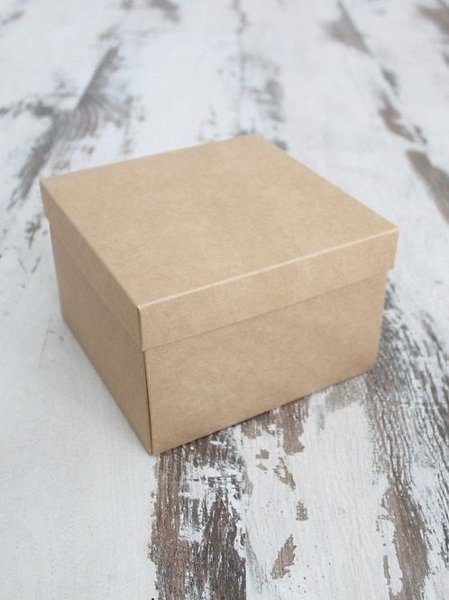 Коробка подарочная плотная