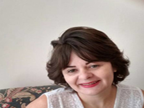 Luciane Munhoz de Omena