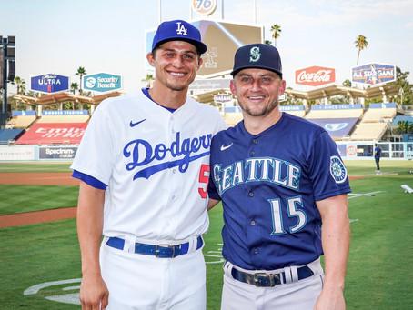 No 1º confronto entre os irmãos Seager, Corey leva a melhor e os Dodgers vencem mais uma