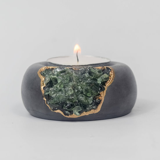 Green Apatite Tea Light Holder | Dark