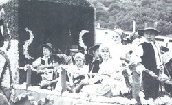 DESGENETAIS 1985
