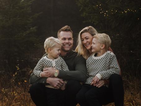 FAMILIEFOTOGRAFERING I FINT NOVEMBER LYS