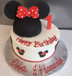 Minnie Mouse- Red Bow