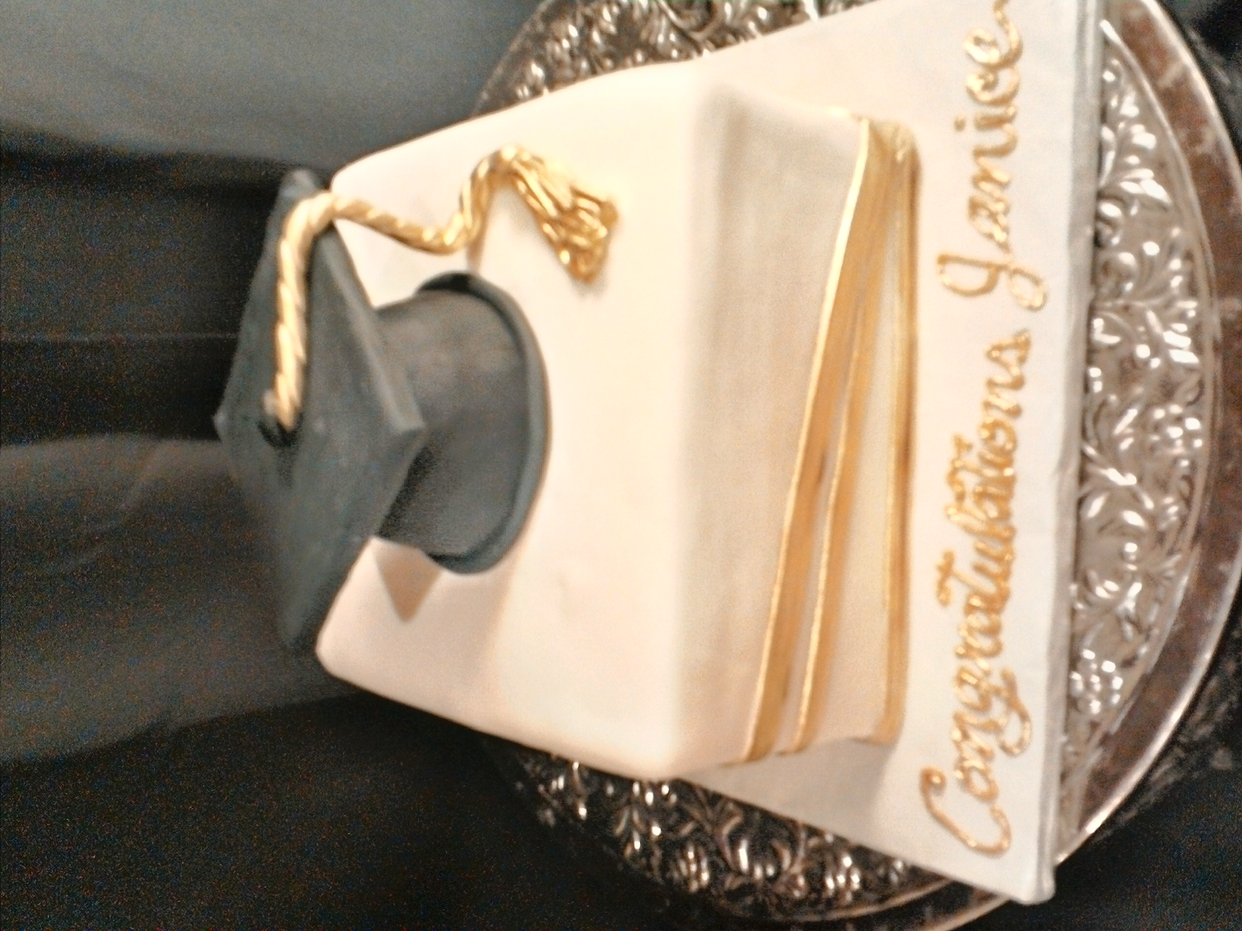 Graduation Cake gold and black