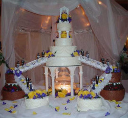 Fountain and Stairs wedding Cake