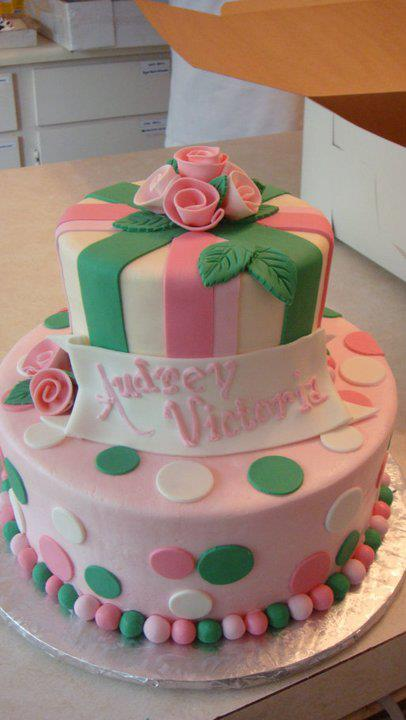 Fondant rose cake