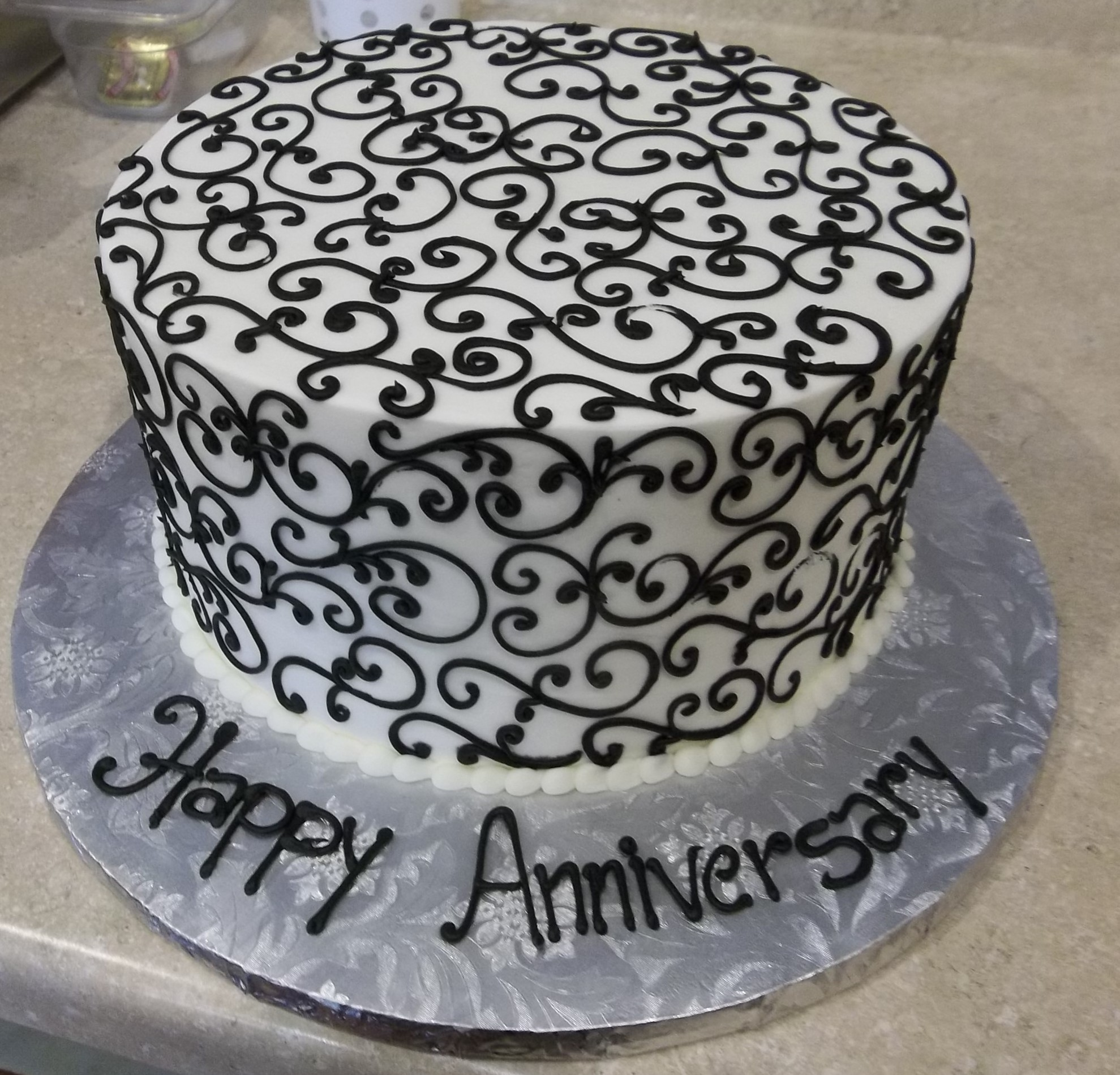 Anniversary, Black and White