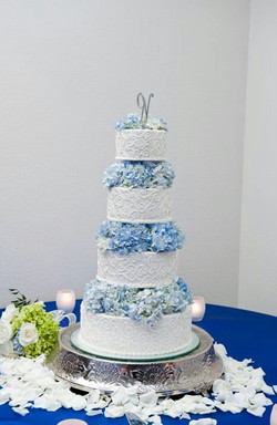 Buttercream Brides Cake