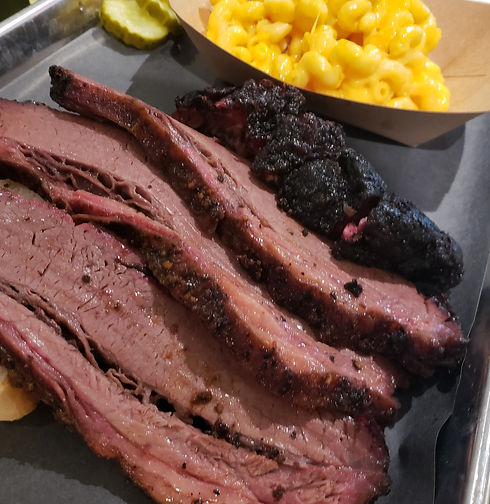 brisket%20and%20mac_edited.jpg