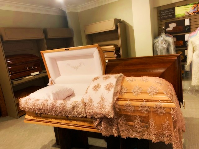 CASKET BLANKET & 2PC OVERLAY SET