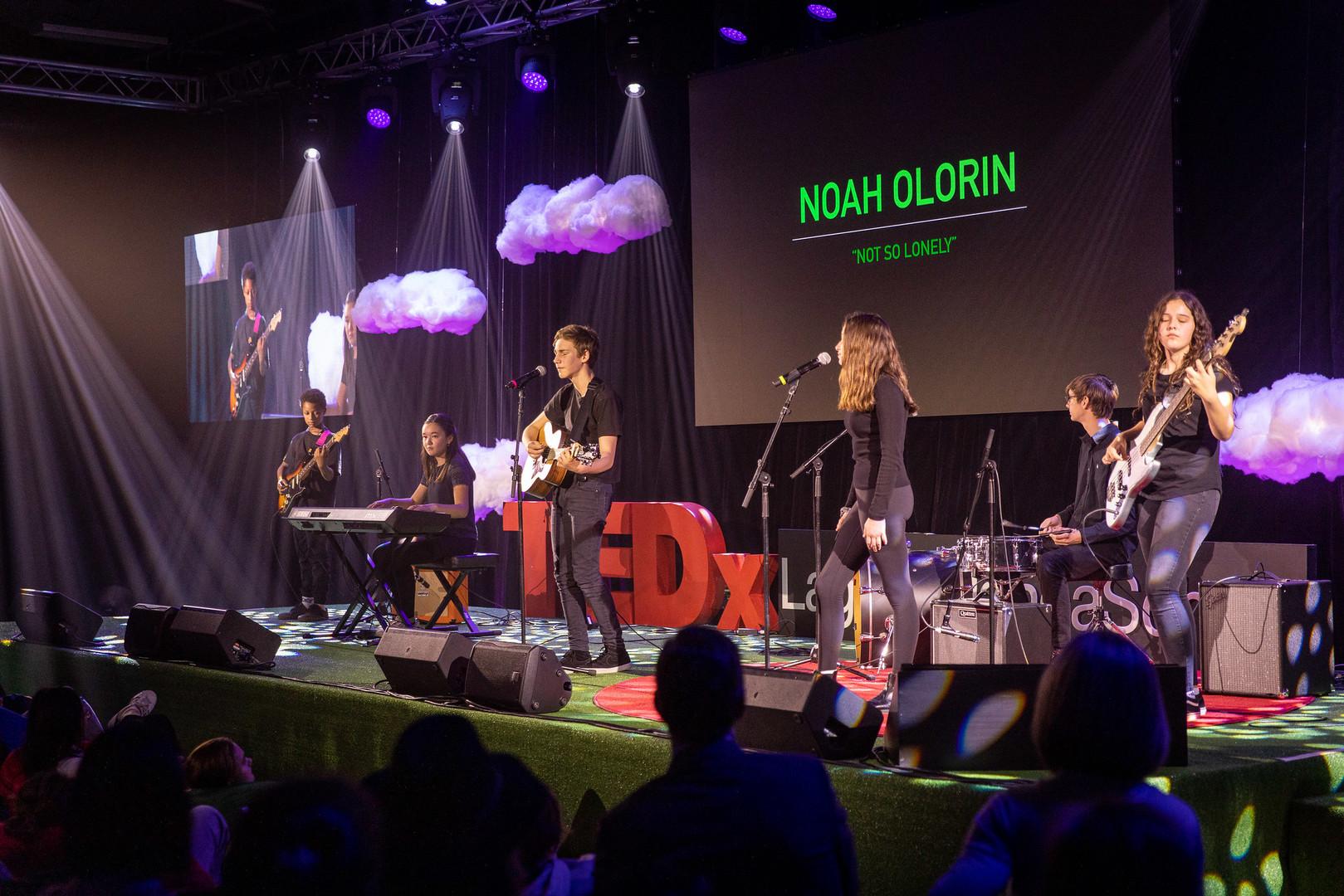 Noah Olorin and band