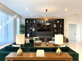 Spacious & Luxurious, Living Room
