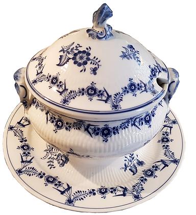 Stjernerifflet Tarin, Kongelig porcelæn