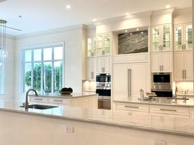 A Light & Bright Gourmet Kitchen