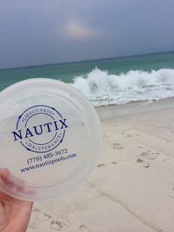 Nautix Frisbee at the Beach