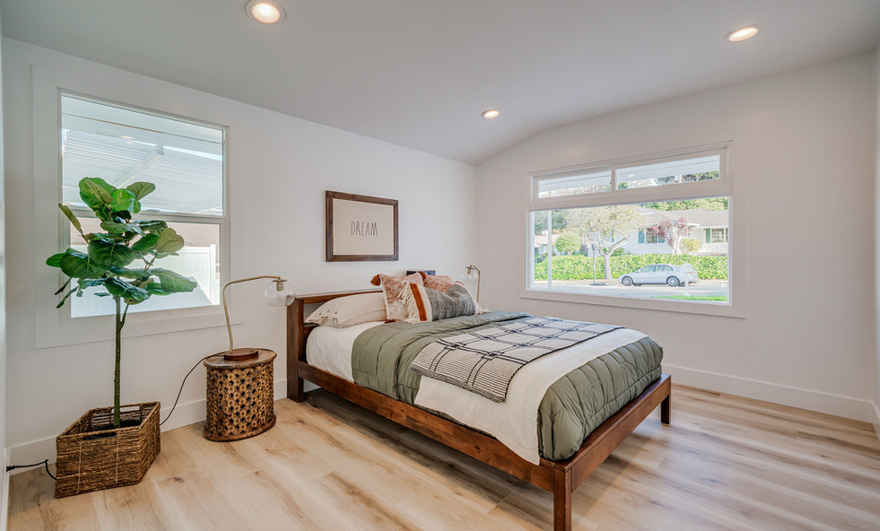 home Staging in guess room
