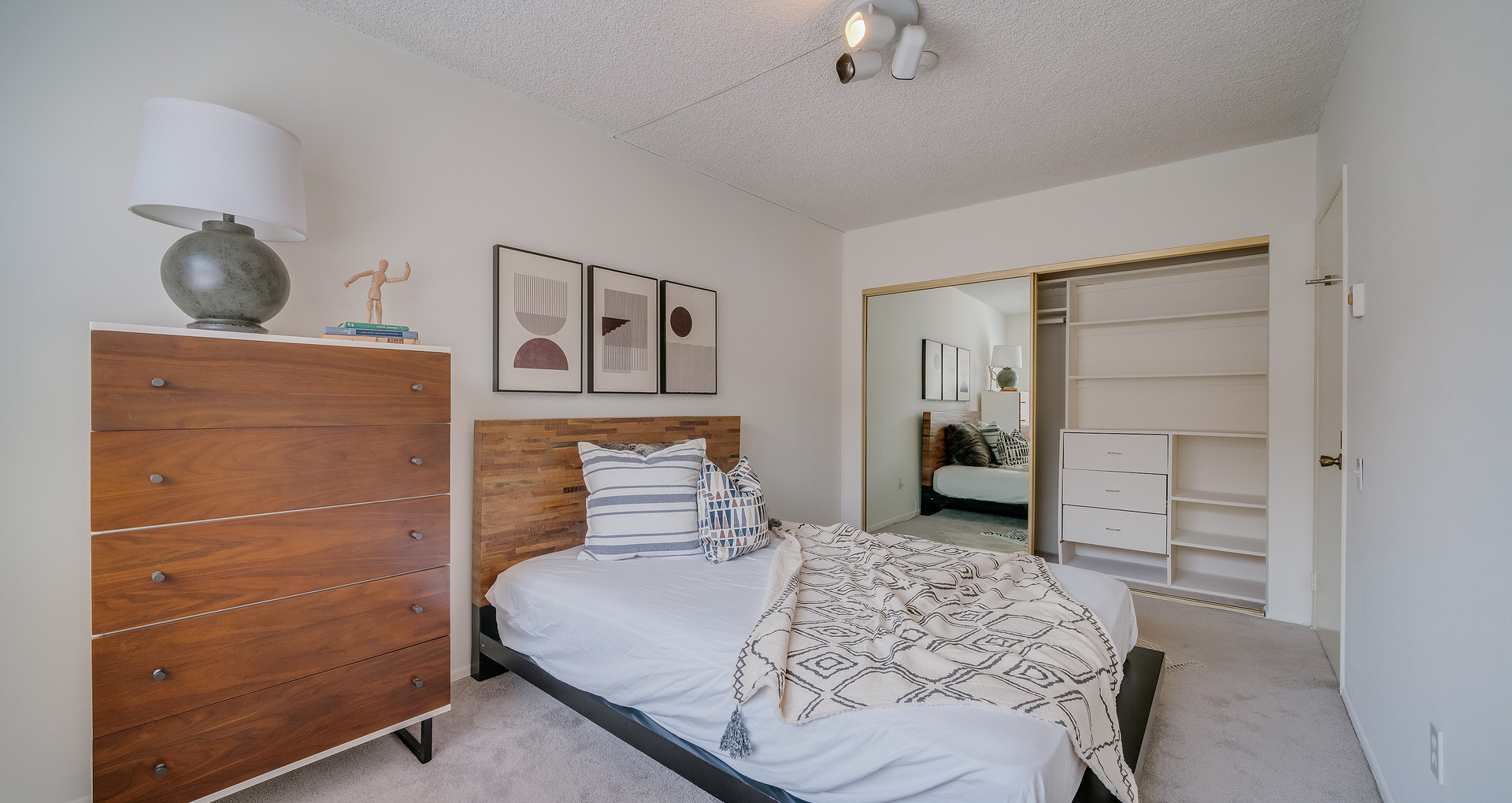 Redondo Beach Home Staging