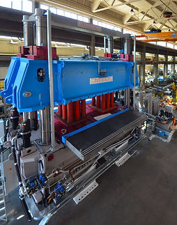 High tonnage Presses - plasic processing equipment