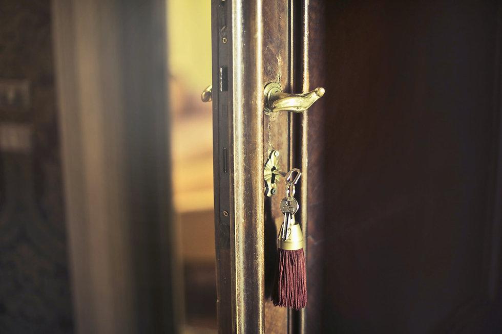 Keys_Door.jpg