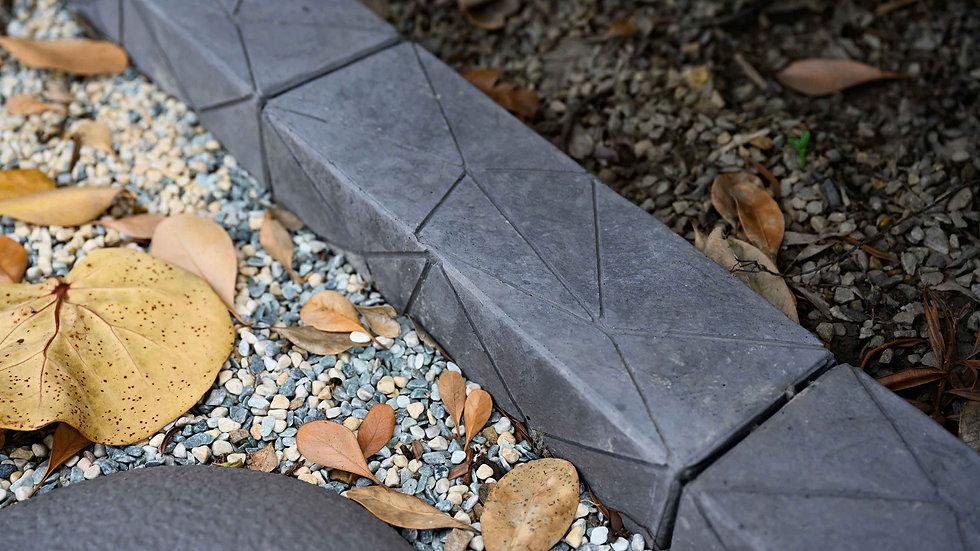 收邊磚-三角岩面