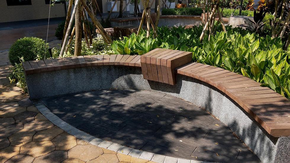 組合桌椅-仿木矮牆桌椅