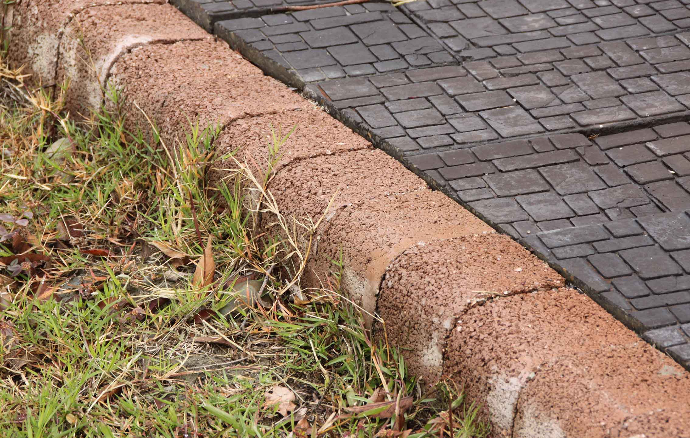 高壓緣石-T10 L型 [L20*W12*H10cm]