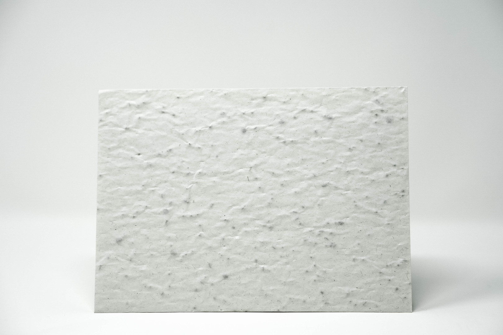 Briefumaschlag aus Samenpapier