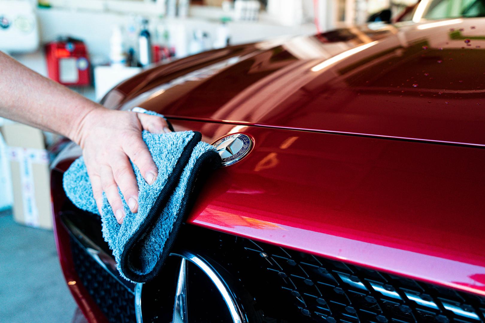 Reinigung eines Kundenfahrzeuges