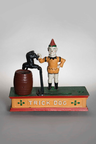 'Trick Dog' cast iron money box, I-J-Hallen, Amsterdam (2019).