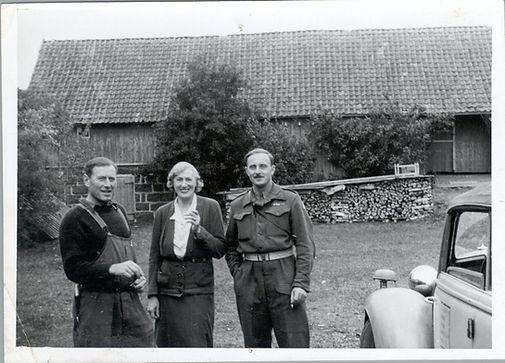 Babs, frithjof & soldat.jpg