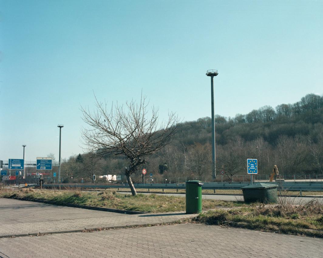 no man's land-21.jpg