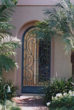 Gate_ 18.jpeg