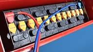 FW抗衡型堆高機,可選擇更高容量的重工電池