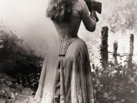 This Day in History: Famous sharpshooter Annie Oakley is born