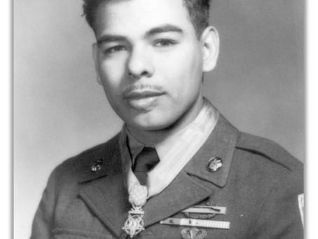 This Day in History: Rudy Hernandez's bravery in Korea