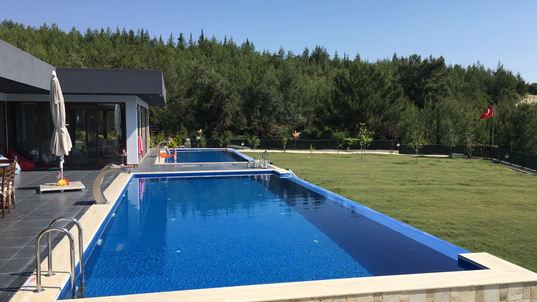 Kuşadası Swimming Pool