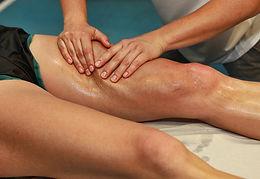Massage sportif des cuisses