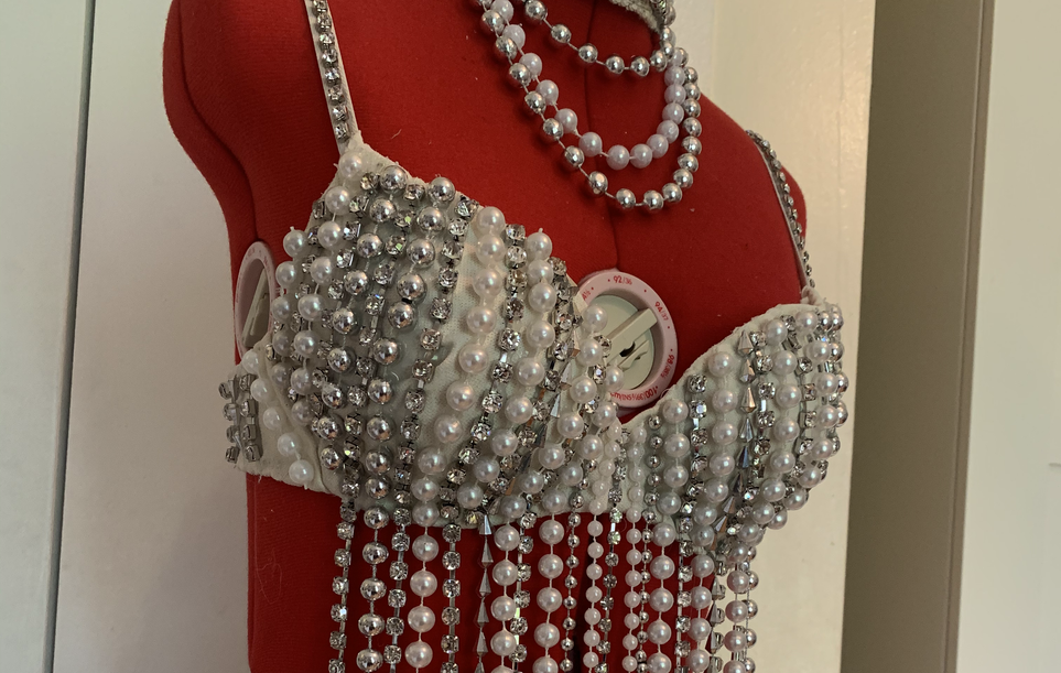 Pearl Showgirl Costume